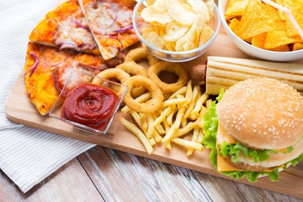 Tiêu thụ chất béo chuyển hóa có thể dẫn đến nhiều vấn đề sức khỏe