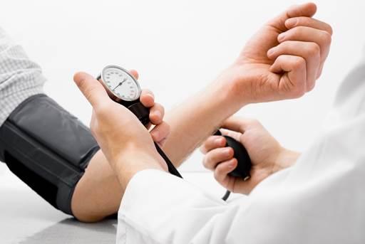 Người bệnh tăng huyết áp có phải kiêng... yêu?