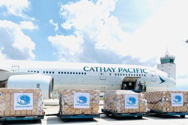 Xuất khẩu 5 triệu sản phẩm bảo hộ y tế qua Mỹ, 8 máy bay mới chở hết