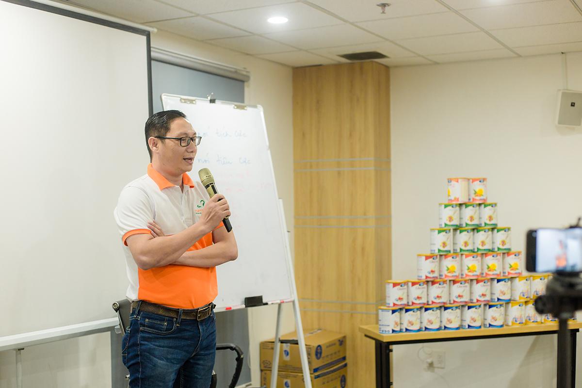 Ông Bùi Vân Hơn - Phó Tổng Giám Đốc Top Ten Food