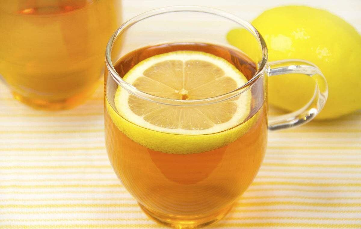 Uống chanh với mật ông cũng là một bí quyết mang lại nhiều lợi ích cho sức khỏe
